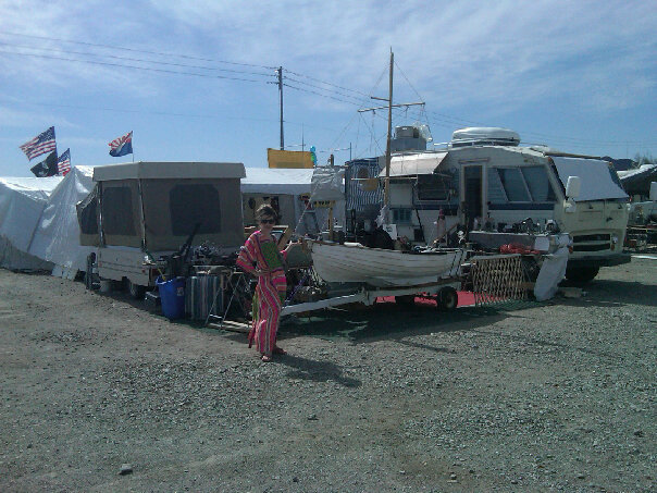 quartzsite single men Full time single living potential with convertible sofa for 1-2 guests partial list of all new features includes infrared sauna, washer/dryer, refrigerator,.