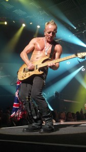 front row at Def Leppard...look how ripped this guy is!!