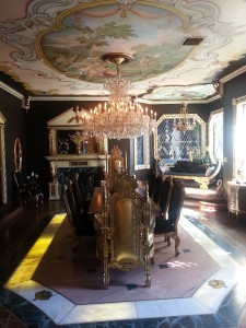 the grande dininge roome
