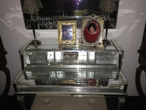 a mirrored spinet