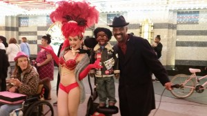 While filming, we ran into another ventriloquist busking on Fremont Street!