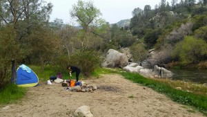 camping on the beach of the Kern River