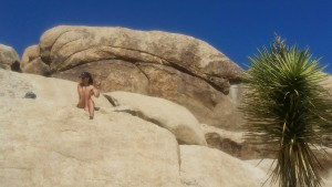 naked bouldering at Joshua Tree