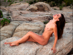 On the rocks photo by Photoman 027